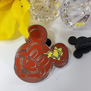 4/425 Disney Mickey Mouse Pancake with Butter Pin